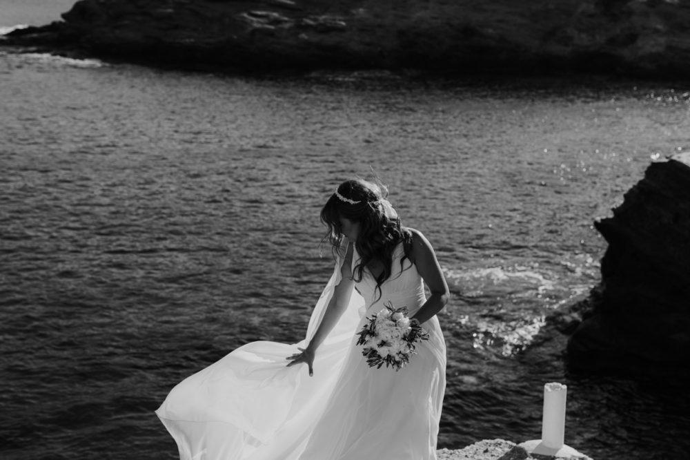 Sifnos Wedding elopement photographer Greece bride wedding dress bouquet flowers