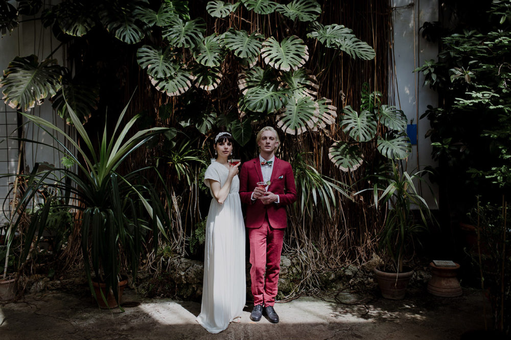Tuscany wedding photographer greenhouse wedding in Italy