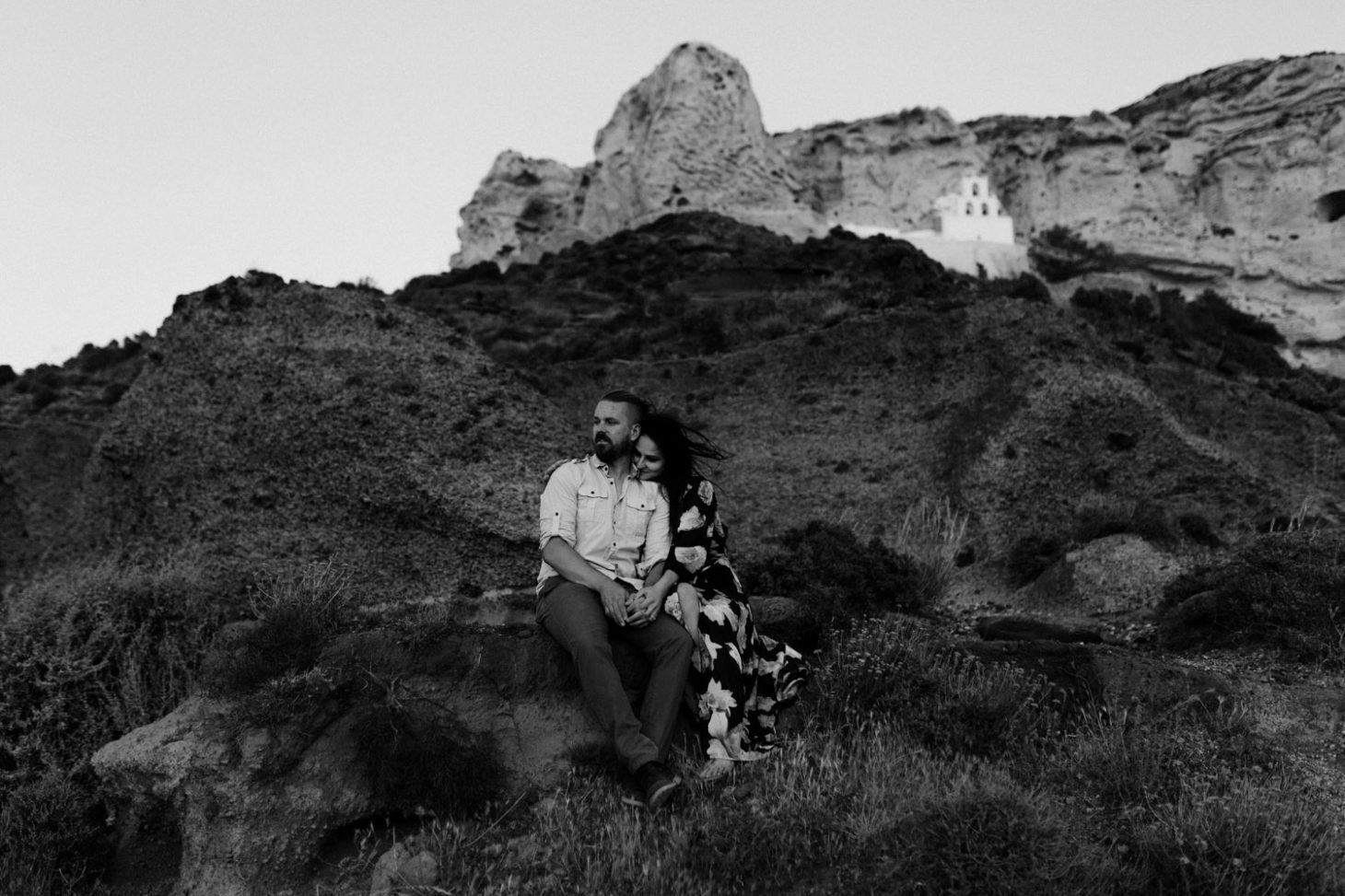 santorini wedding photographer engagement