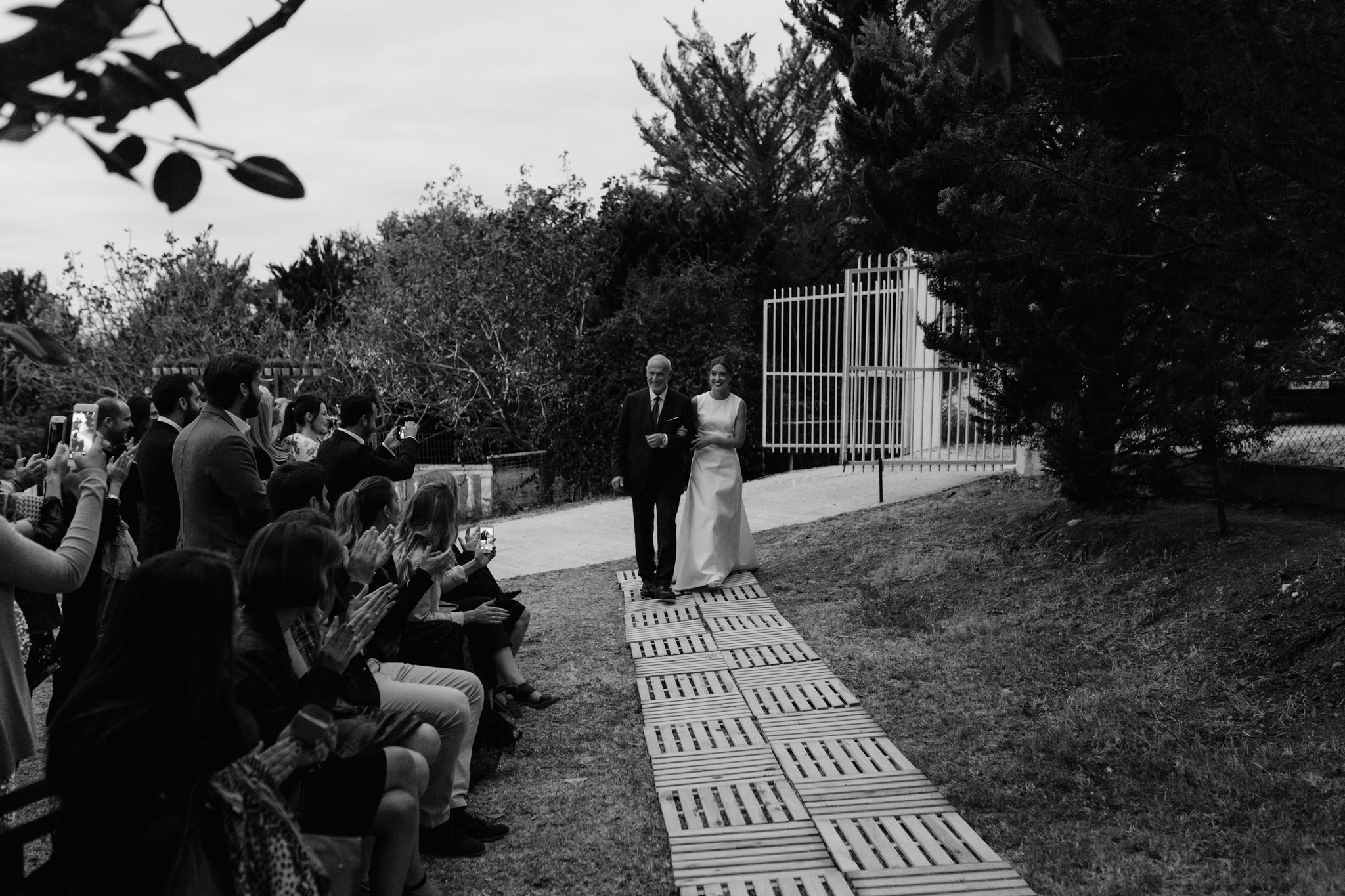wedding photographer greece backyard wedding