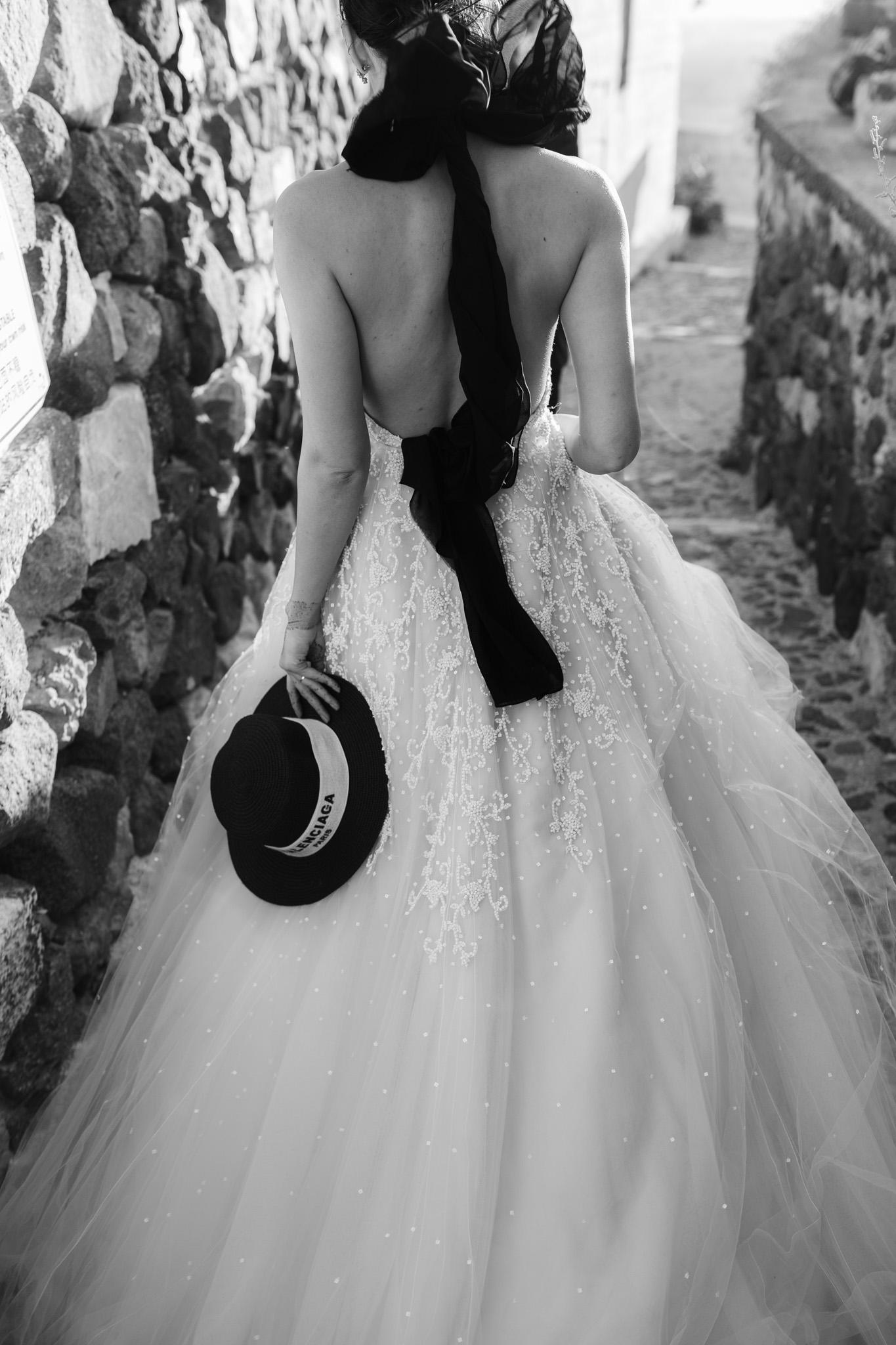 Santorini wedding photographer bride henna anne barge modern